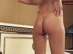 Hot masturbation of Matilda Oj