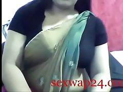 Indian hot desi aunty wearing saree webcam show sex for money (sexwap24.com)