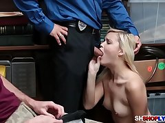 Madisons Says Sorry with Her Tight Pussy