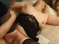 french mature gets anal-sex