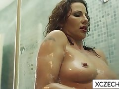 Super sexy MILF showing tits