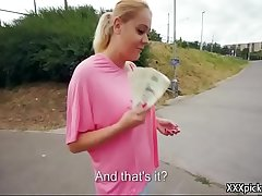 Public Pickup Girl Seduces Tourist For A Good Fuck And Dollars 28