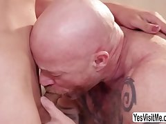 TS Tori gets her butt pounded by Buck - yesvisitme.com/trans