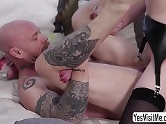 Buck gets her pussy rammed by TS Mandy - yesvisitme.com/trans