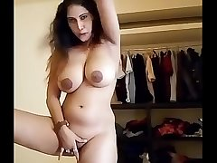 Bihar girl showing boobs and pussy